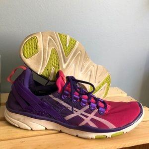ASICS S465N Training Shoes Sz 6